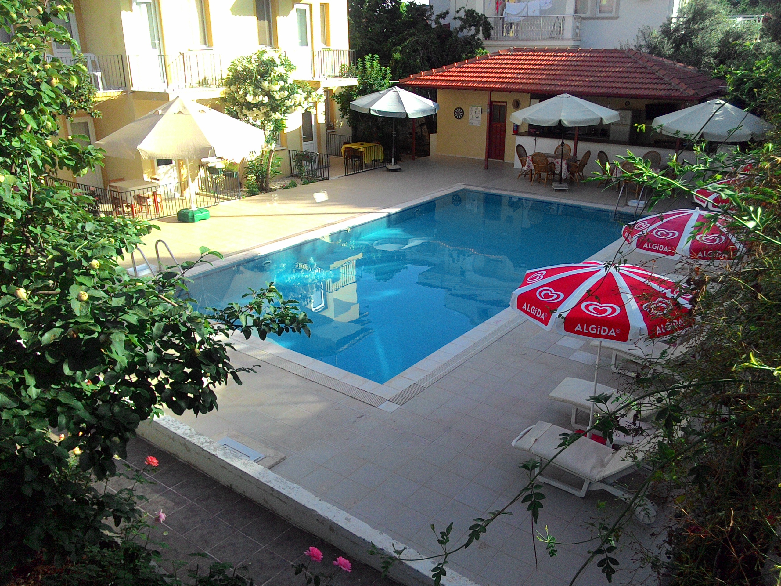 02 Sarıhan Apart Otel Pansiyon